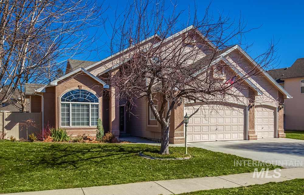13448 W Elmspring Drive, Boise, Idaho 83713, 4 Bedrooms, 3 Bathrooms, Residential For Sale, Price $430,000, 98722078