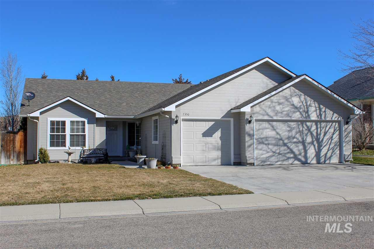 7350 Lamplighter, Boise, Idaho 83714-0000, 3 Bedrooms, 2 Bathrooms, Residential For Sale, Price $319,900, 98722140