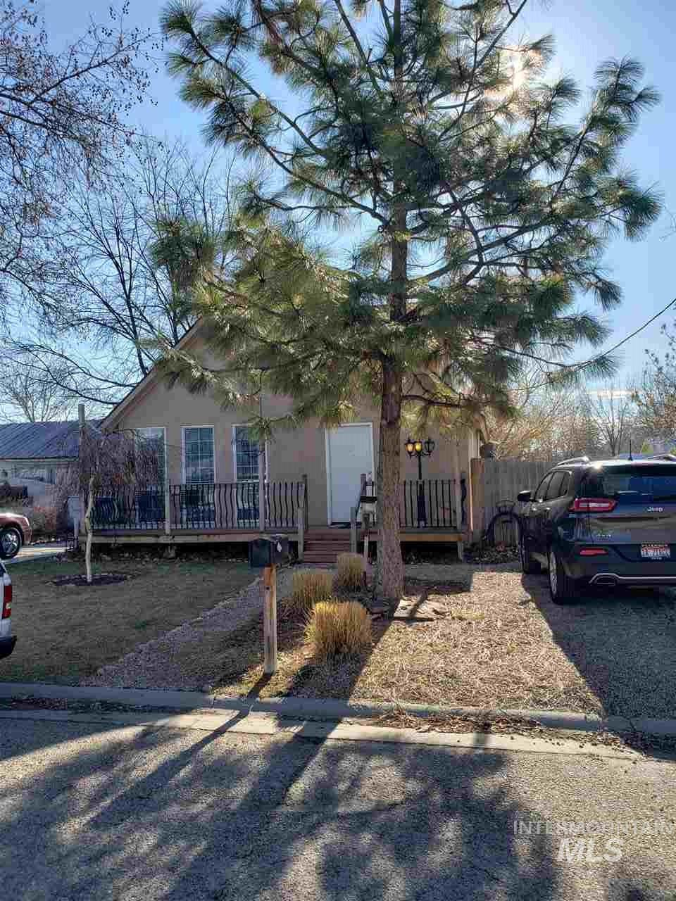 Do not miss out on this one!!  This will sell fast! Possibility to leave most furniture with this house including washer and dryer. Could be a rental or first home. This home is well taken care of move in ready!!!