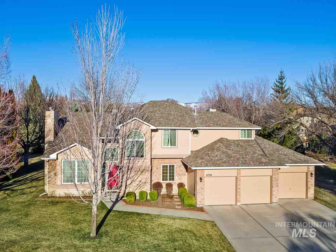 5298 N Hickory Tree, Boise, Idaho 83713-2492, 4 Bedrooms, 3.5 Bathrooms, Residential For Sale, Price $450,000, 98722689