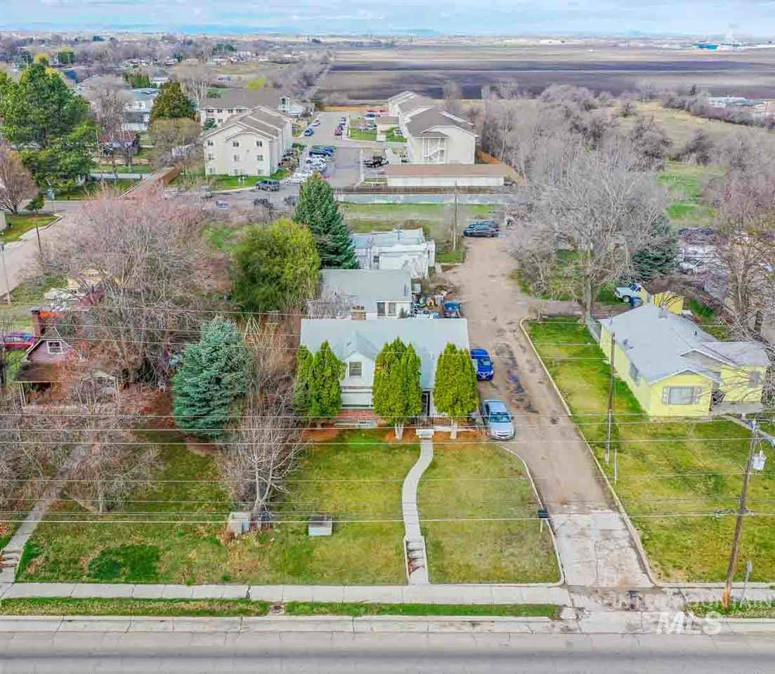 1418 S Kimball Ave, Caldwell, Idaho 83605-4543, 3 Bedrooms, 2 Bathrooms, Residential Income For Sale, Price $379,900, 98724004