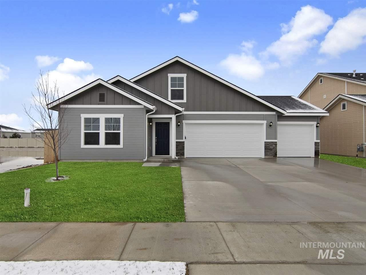 Pre-sold Brookfield Bonus with Country Elevation