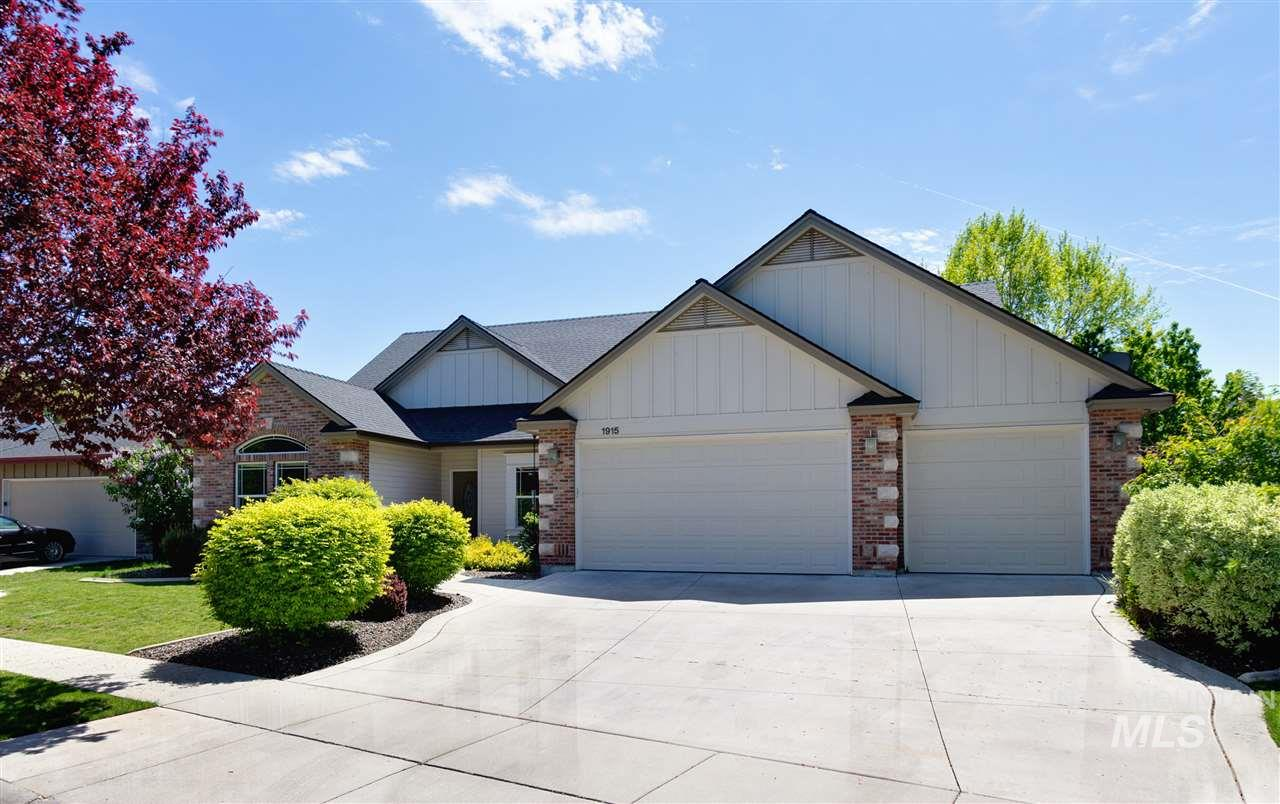 1915 W Ham Rapids, Meridian, Idaho 83646, 4 Bedrooms, 3 Bathrooms, Rental For Rent, Price $1,895, 98727954