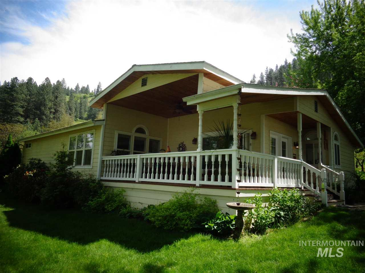 33328 Peach Lane, Lenore, Idaho 83541, 3 Bedrooms, 2 Bathrooms, Farm & Ranch For Sale, Price $988,000, 98729501