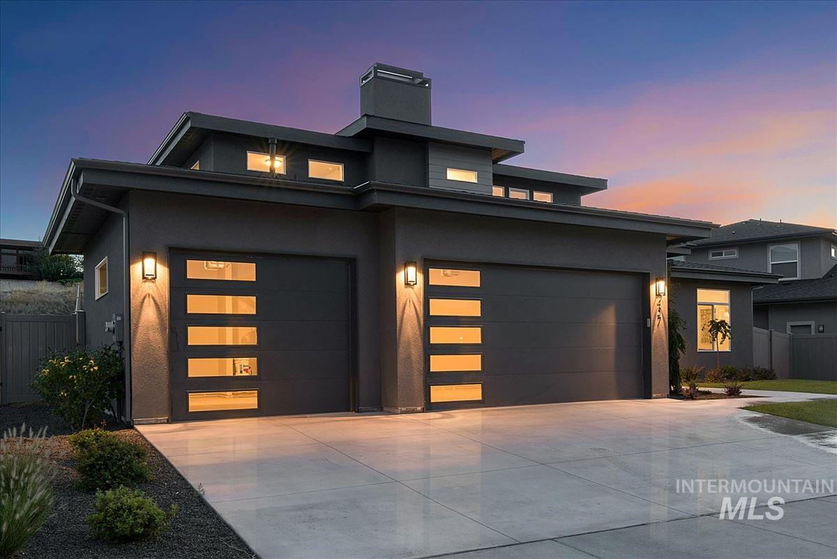 Move In Ready Custom Home by Canyon Crest Homes. The large great room as you walk in, opening to the chef's kitchen with built-in range, double ovens and beautiful quartz counters on the oversized island. Luxurious spa-like master on the main level. 2 bedrooms, full bath and a large bonus room upstairs with incredible views of the Boise Foothills. Notice all the natural light throughout this home. Private backyard allows for lots of relaxing time on the large, covered back patio. *Agent on Site 1-4 Daily