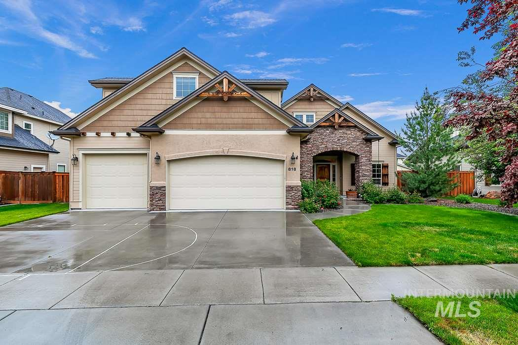 818 E Silver Torch St., Meridian, Idaho 83646, 5 Bedrooms, 3 Bathrooms, Residential For Sale, Price $495,000, 98729953