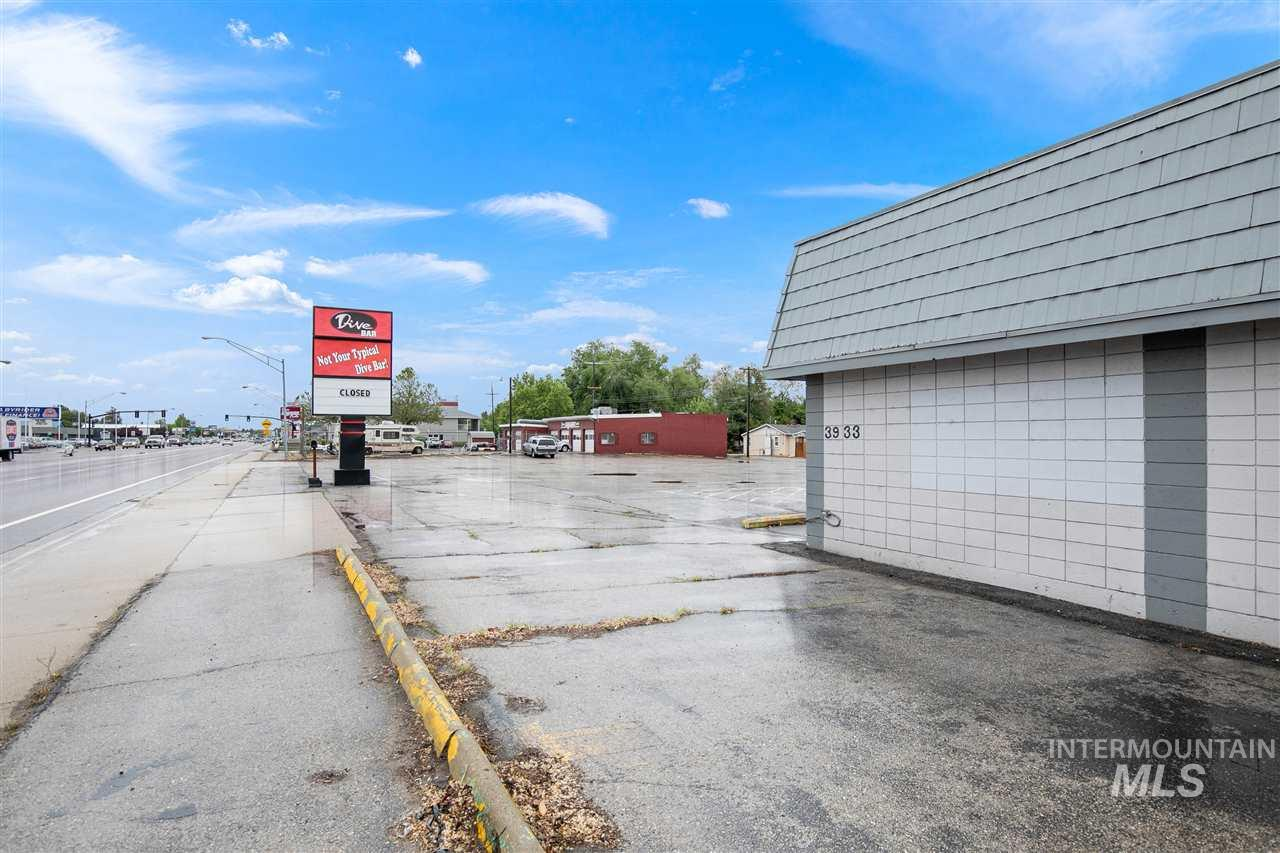 3933 W Chinden Blvd, Garden City, Idaho 83714, Business/Commercial For Sale, Price $795,000, 98730457