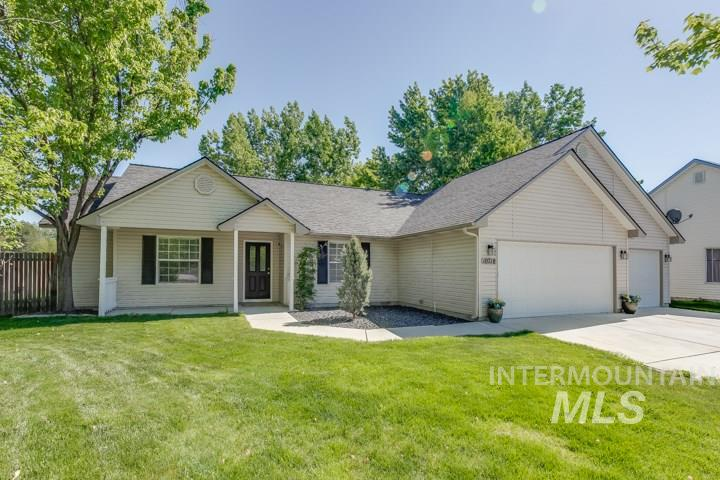 10718 W Stonecrop Ct, Star, Idaho 83669, 3 Bedrooms, 2 Bathrooms, Residential For Sale, Price $260,000, 98730941