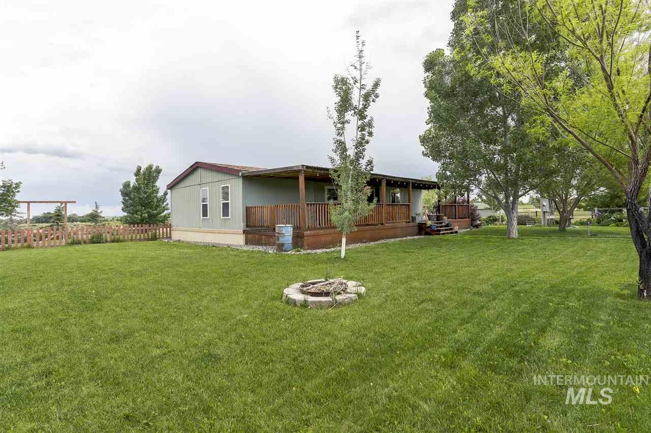 6757 Jump Creek Road, Marsing, Idaho 83639, 3 Bedrooms, 2 Bathrooms, Residential For Sale, Price $595,000, 98730966
