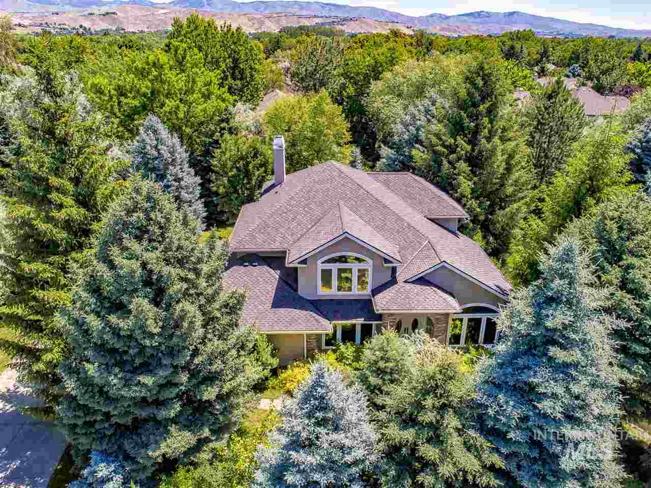 5090 N Lakemont Lane, Garden City, Idaho 83714, 4 Bedrooms, 2.5 Bathrooms, Residential For Sale, Price $659,000, 98734998