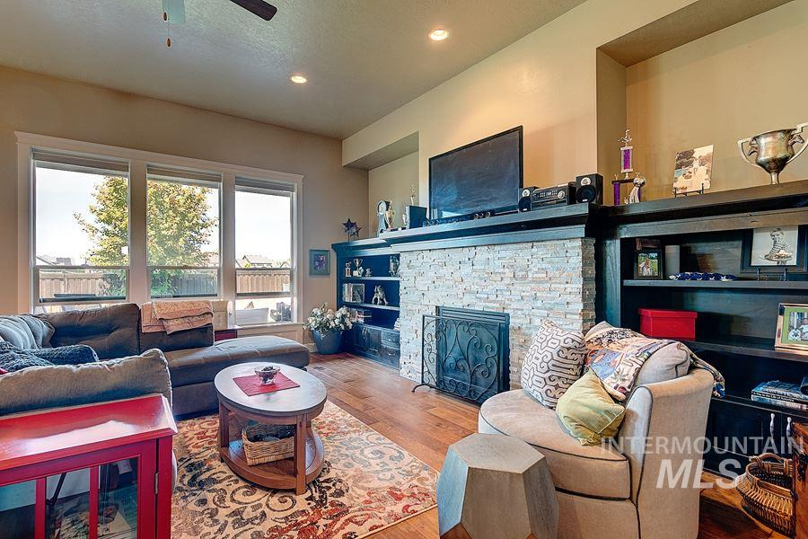 Rare find in renowned Paramount Community. This high amenity, custom home features 4 large bedrooms and 3 full bathrooms all on one level. Enjoy spaciousness in NW Meridian with no rear or side yard neighbors, a huge, almost 4 car garage and plenty of storage. Desirable East Facing backyard, minutes from shopping, neighborhood schools and Paramount's 3 pools, multiple parks, playgrounds and ponds. Single level homes with this much space come along very rarely in this community - don't miss it.