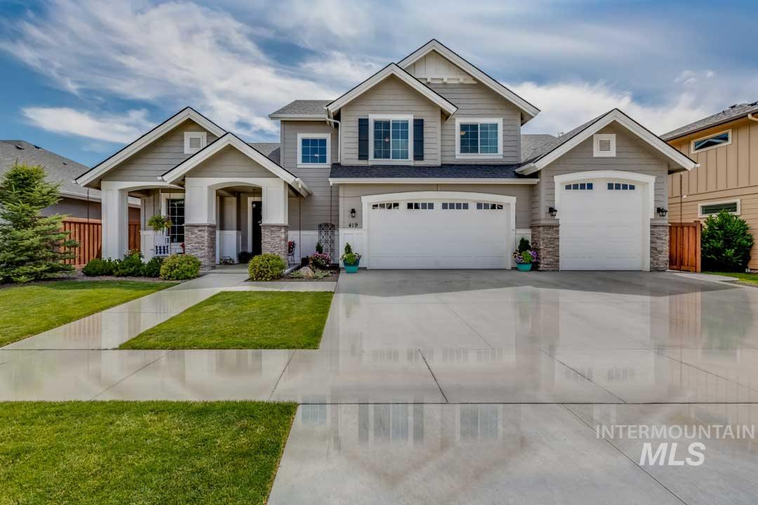 This custom Alturas home features 5 bedrooms and 3.5 baths. Sliding door off of kitchen area, offers privacy to master suite, 2nd bed/flex room and laundry room on main level. The open concept plan combines cozy family room with spacious kitchen including full dining nook, oversized island for casual dining and walk-in pantry. Den plus tech room provides family flexibility. Second floor bonus room with closet, 3 bedrooms and 2 full baths. One bedroom has it's own private bath, walk-in closet.