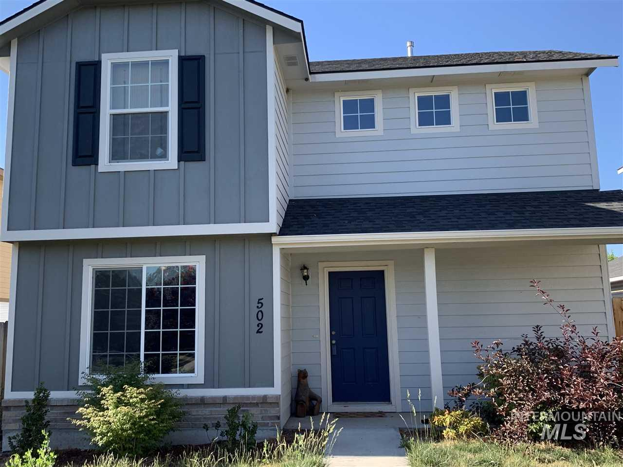 Lots of square footage for your dollar.  Close to shopping, schools, and entertainment.  New paint throughout most of the interior. Black appliances, cozy deck for entertaining, many new, stylish light fixtures.  Large great room for family gatherings.