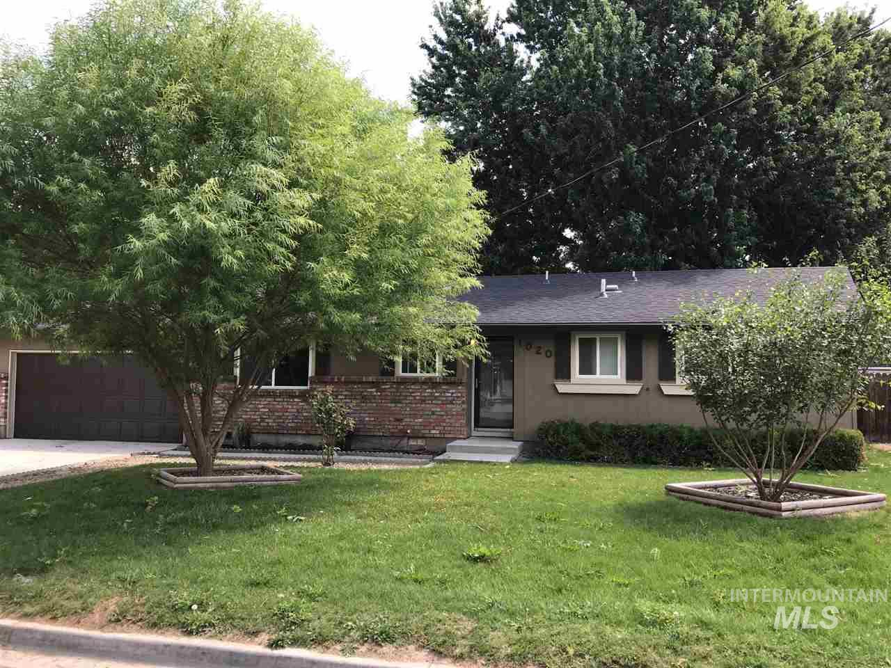 Fresh and clean remodel. New roof, exterior painting, landscaping, mature trees with an awesome back yard. Enjoy the shade trees and large rear patio. Newer windows and furnaces. New carpet and paint throughout. New flooring throughout. Brand new stainless steel kitchen appliances. A must see home!