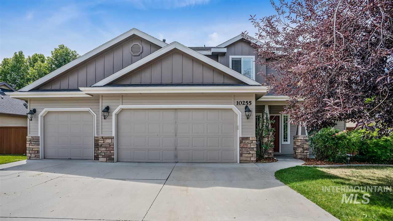 10255 W Capella Drive, Star, Idaho 83669, 4 Bedrooms, 2.5 Bathrooms, Residential For Sale, Price $324,900, 98738154
