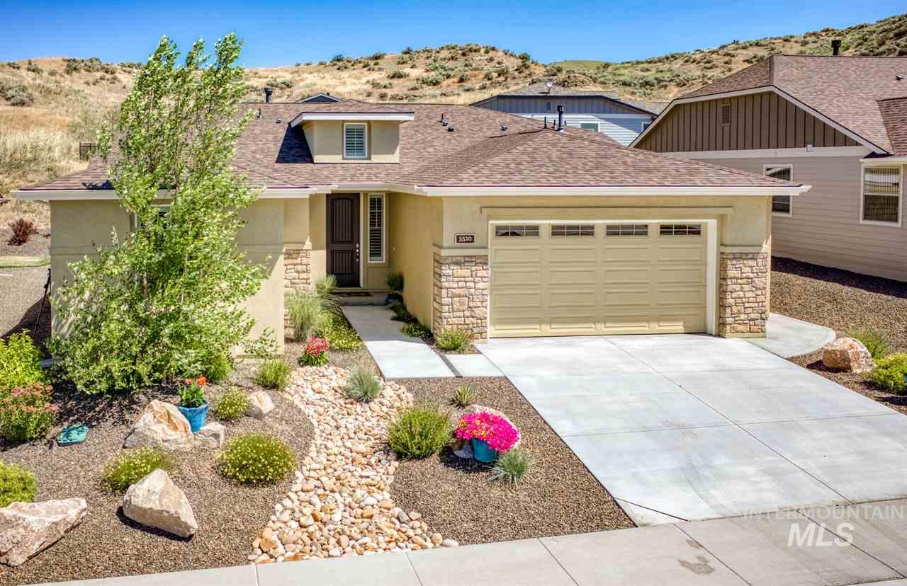 5520 W White Hills Drive, Boise, Idaho 83714, 3 Bedrooms, 2 Bathrooms, Residential For Sale, Price $429,900, 98738158