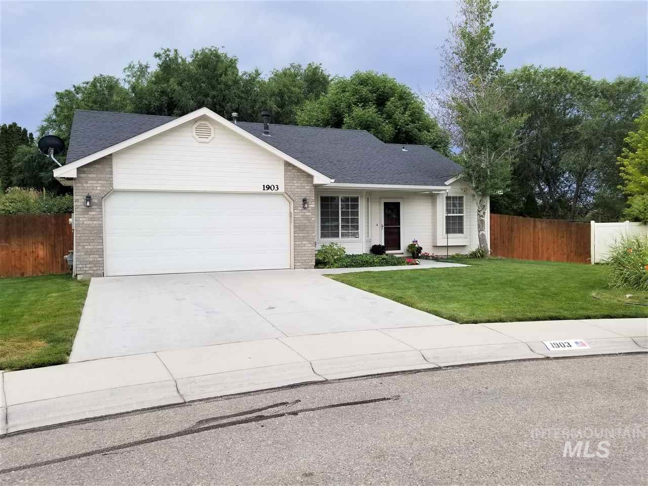 1903 E Lost River Ave, Nampa, Idaho 83686, 3 Bedrooms, 2 Bathrooms, Residential For Sale, Price $244,900, 98738464