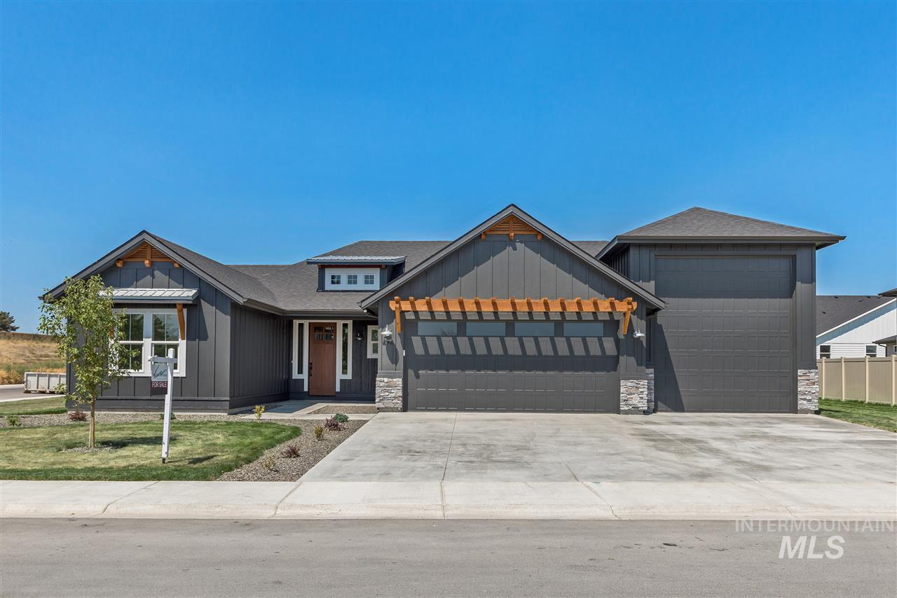 492 Applecreek, Middleton, ID 83644
