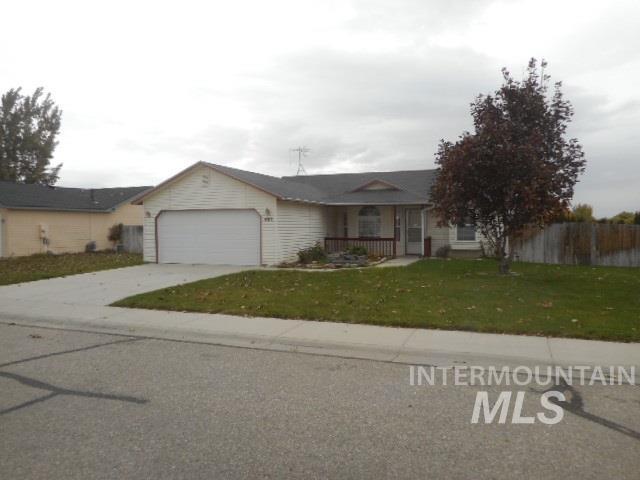 400 Cedar Park Lane, Nampa, Idaho 83686, 3 Bedrooms, 2 Bathrooms, Residential For Sale, Price $219,900, 98739521