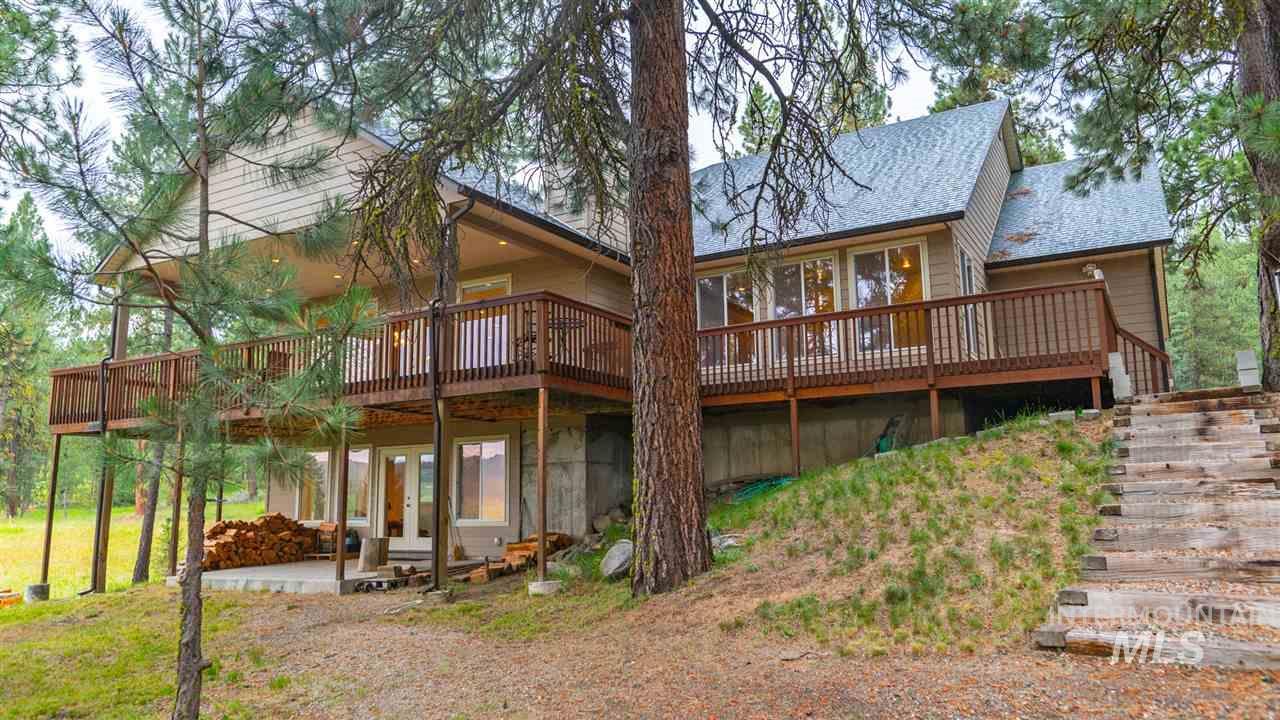 Cascade, Idaho   Bobbie Smith