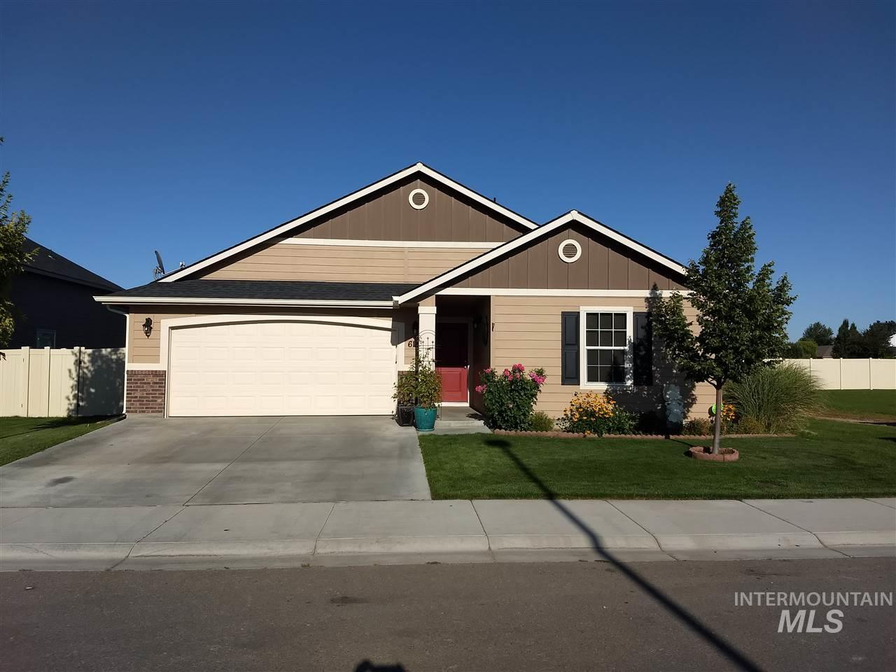 Hard to find starter home in Irvine Meadows Sub. 3 bedrooms, 2 bath clean 1445 sq ft well maintained home. This 2015 CBH Arden 1416 has a larger open kitchen concept and living room with split-bedroom design.