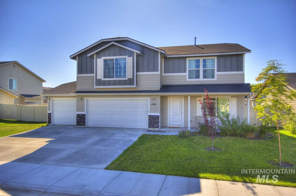 6885 S DONAWAY, Meridian, Idaho 83642, 3 Bedrooms, 2.5 Bathrooms, Residential For Sale, Price $299,900, 98740926