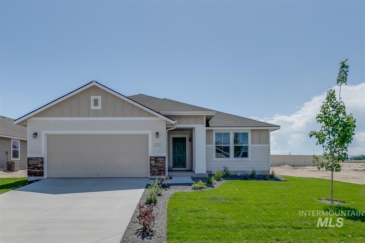 1449 W Crooked River Dr., Meridian, Idaho 83642, 3 Bedrooms, 2 Bathrooms, Residential For Sale, Price $292,935, 98740975