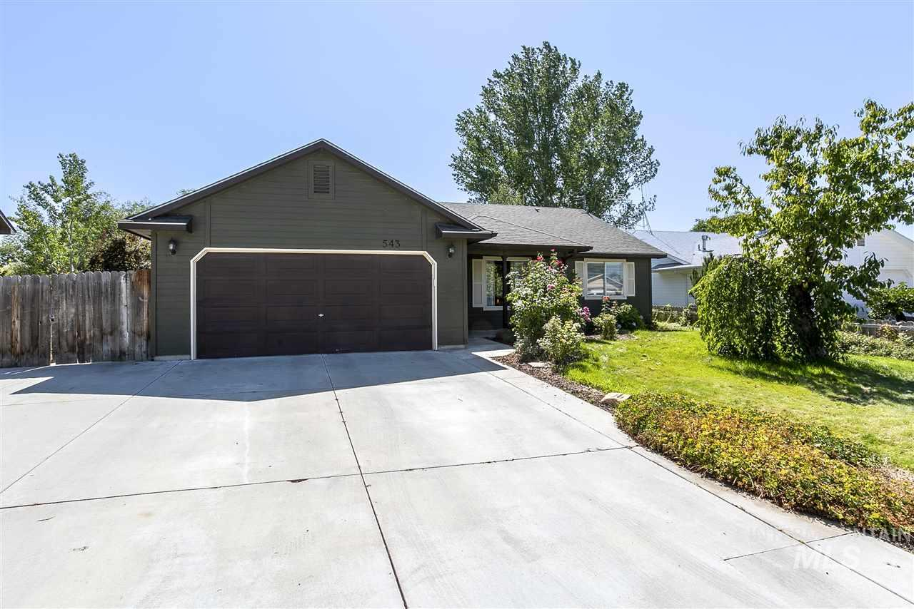 543 Mountain St, Middleton, ID 83644