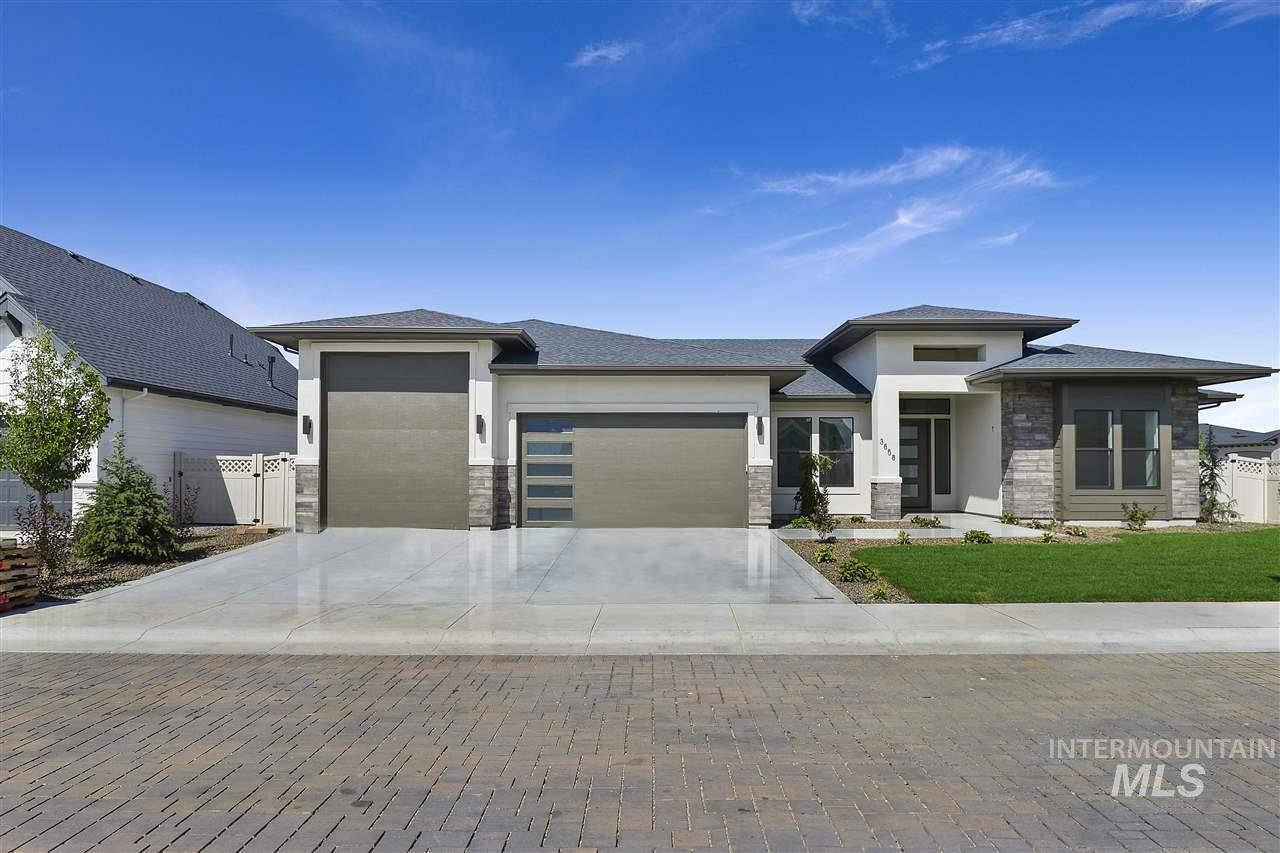 The Magnificent Clearwater by Gardner Homes.  A spacious open design for large gatherings! 3rd bay on the garage is a RV garage. 10' wide x 12' Tall x 36' deep. This home has an open flow and great finishes. Come take a look.