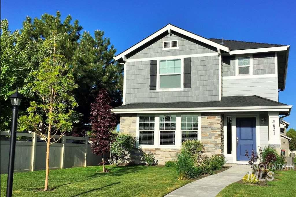 Beautiful, like-new home in Meridian near Settler's Park.  Upgrades include:  gas fireplace, upgraded flooring & carpet, 6-burner gas range, cast iron kitchen sink with pull down faucet, Craftsman trim throughout, dual vanity in master bath with walk-in shower, and many more.  Centrally located close to Eagle, The Village at Meridian, and freeway access via Meridian Road and Ten Mile. 2-3 minute walk to two neighborhood parks (one with a playground), and the amazing Settler's Park with all it has to offer.
