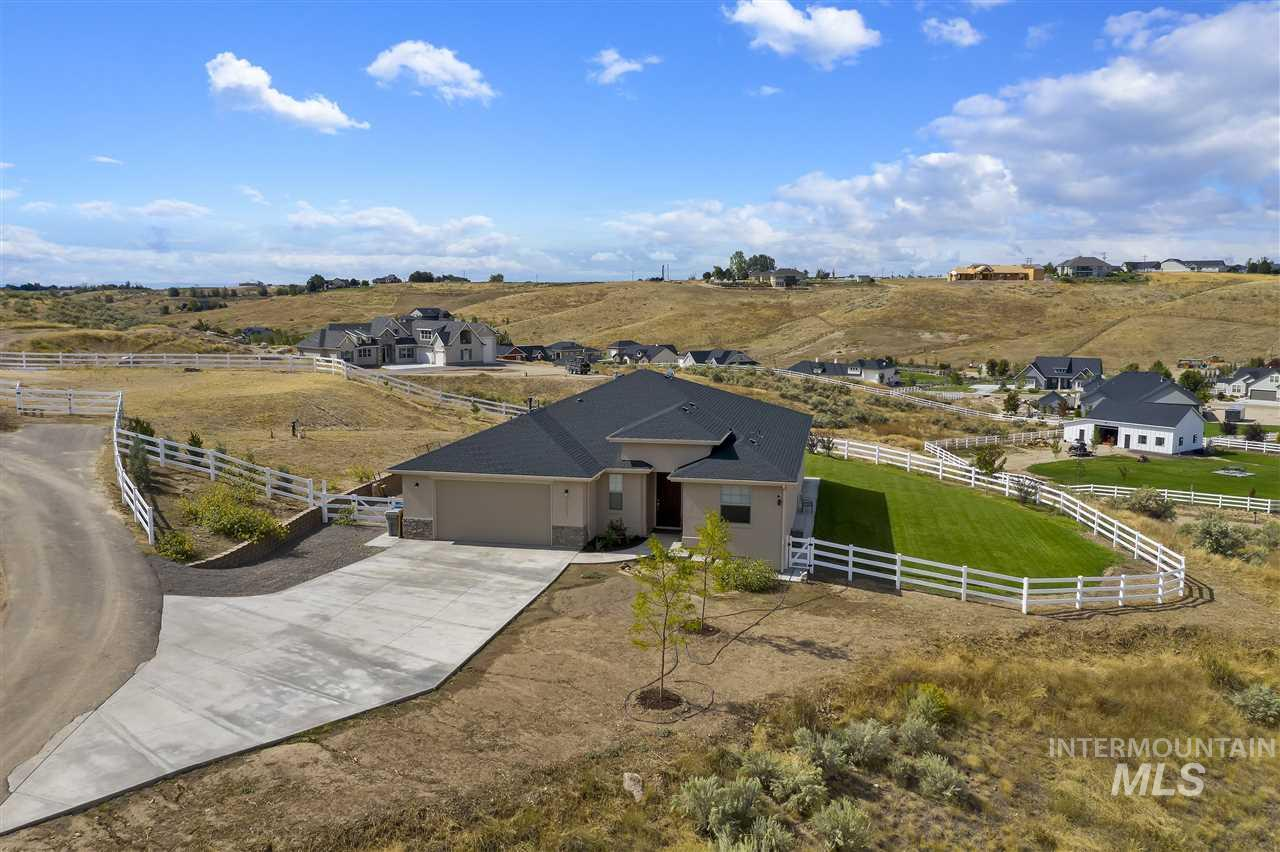 24813 Valley Run Place, Star, ID 83644