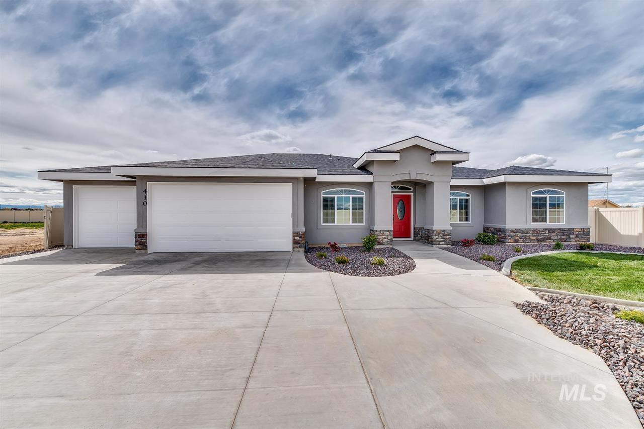 4170 W Philomena Dr, Meridian, Idaho 83646, 4 Bedrooms, 2.5 Bathrooms, Residential For Sale, Price $459,900, 98757376