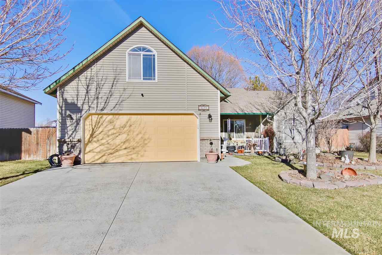 8698 W Tillamook Dr, Boise, Idaho 83709, 3 Bedrooms, 2 Bathrooms, Residential For Sale, Price $328,700, 98757381
