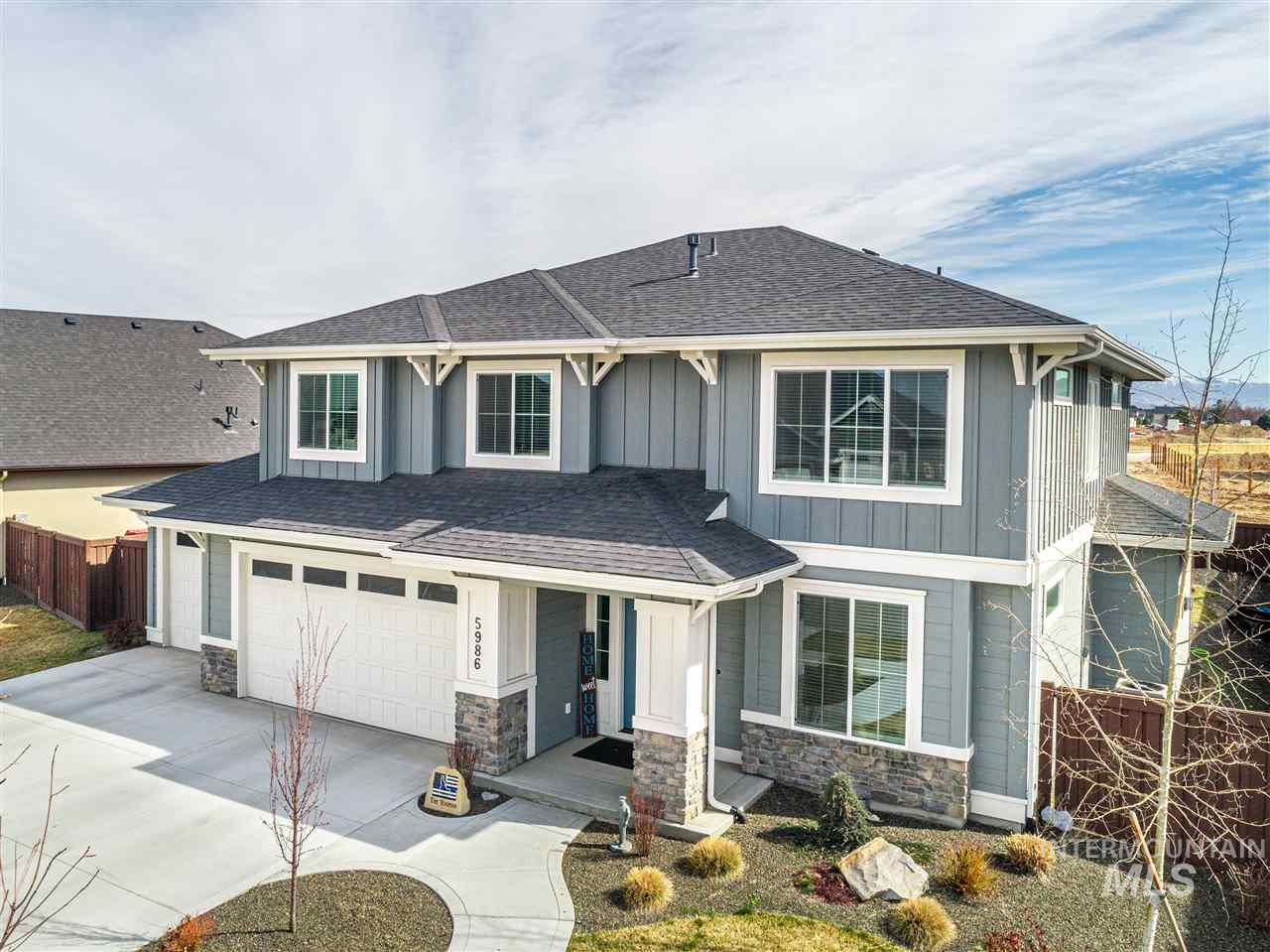 Gorgeous custom West facing home in Bainbridge! Light & bright kitchen is a gourmet delight w/ SS appliances, walk in pantry, quartz counter tops, island and custom cabinets. Custom built-ins and mill work throughout. Open concept & stylish modern fireplace. Master bath offers a spa like retreat with soaker tub & walk in tiled shower. Extensive use of hardwood and custom tile flooring. Nice covered back patio makes for excellent for outdoor entertaining. Lots more! Community Pool and tons of common area !!!