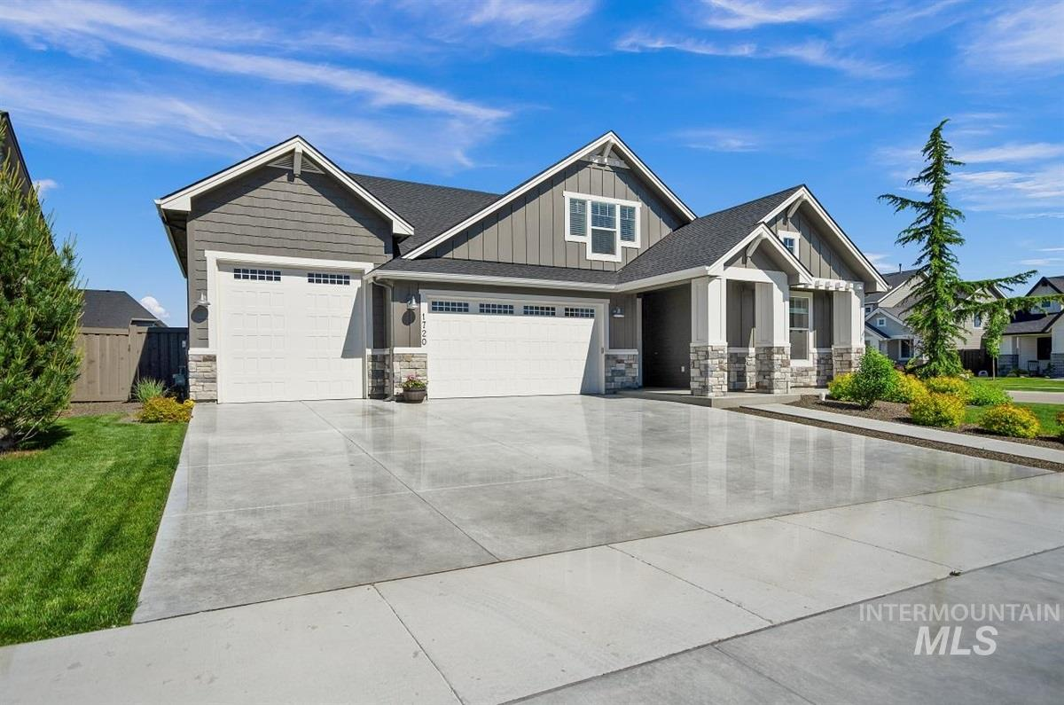 1720 N Racing Water Place, Eagle, Idaho 83616, 4 Bedrooms, 3 Bathrooms, Residential For Sale, Price $595,000, 98768563