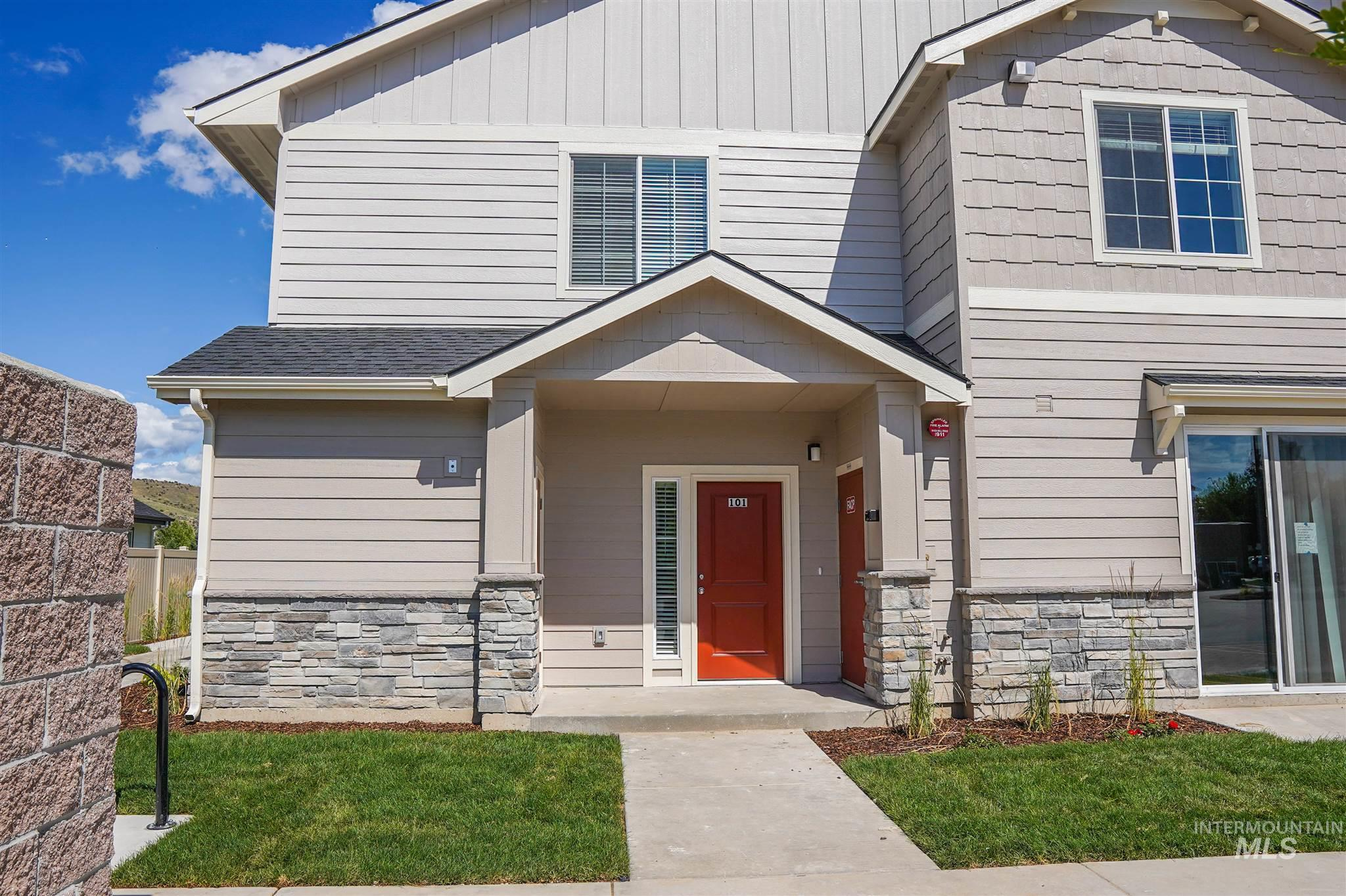 7340 N Lucy Rose Ln, Boise, Idaho 83714, 3 Bedrooms, 3 Bathrooms, Rental For Rent, Price $1,450, 98771231