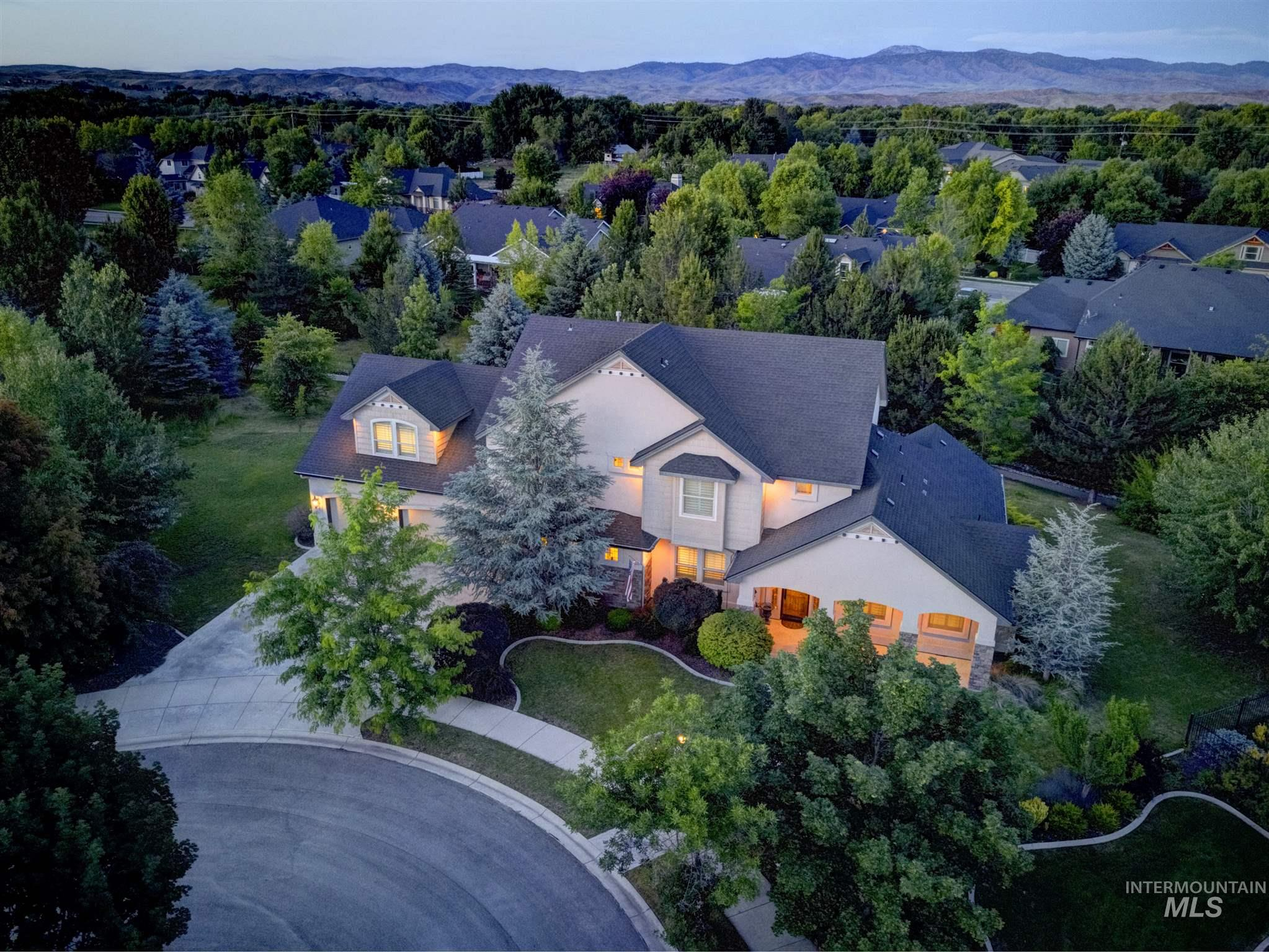 316 W Coldwater Ct., Eagle, ID 83616