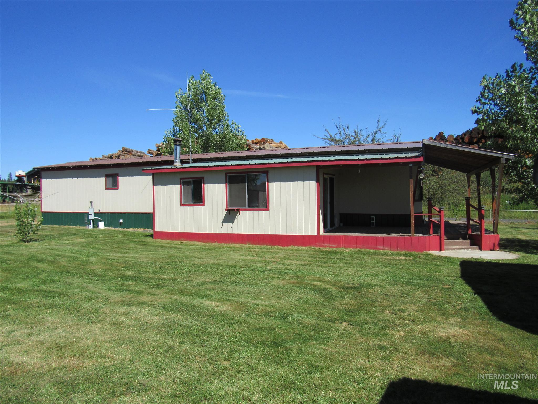 507 E 1st St., Weippe, Idaho 83553, 2 Bedrooms, 1 Bathroom, Residential For Sale, Price $99,000, 98776653
