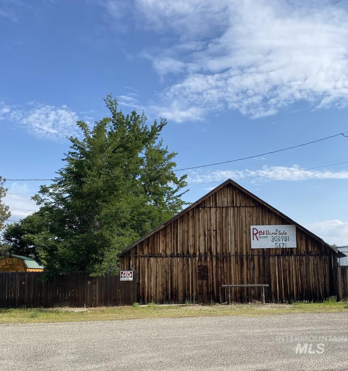 8389 Florence Street, Letha, ID 83617