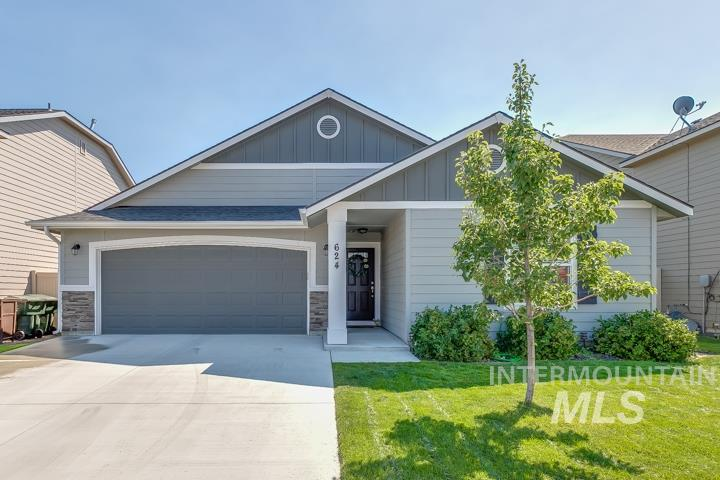 624 N Scotney Ave, Meridian, Idaho 83642, 3 Bedrooms, 2 Bathrooms, Residential For Sale, Price $299,900, 98777187