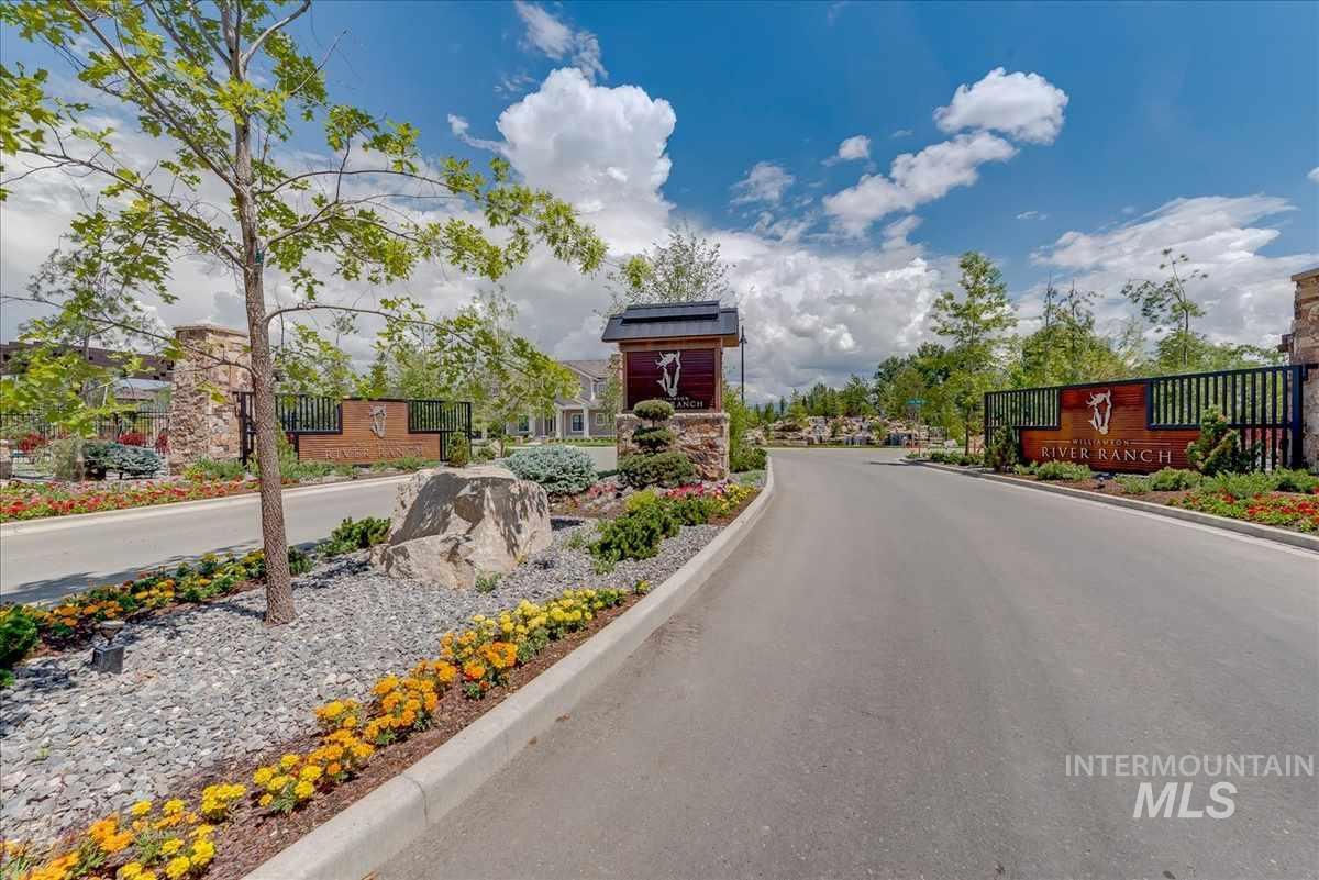 1688 E Garden Brook Drive, Eagle, ID 83616