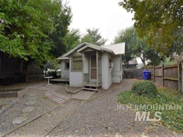 1502 14th Avenue, Lewiston, Idaho 83501, 1 Bedroom, 1 Bathroom, Residential For Sale, Price $90,000, 98781272