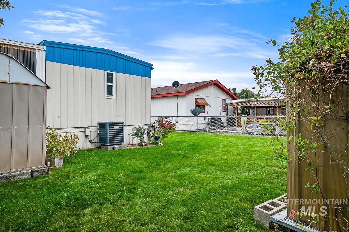 219 W Silver City Dr, Boise, Idaho 83713-8062, 2 Bedrooms, 2 Bathrooms, Residential For Sale, Price $89,000, 98781426