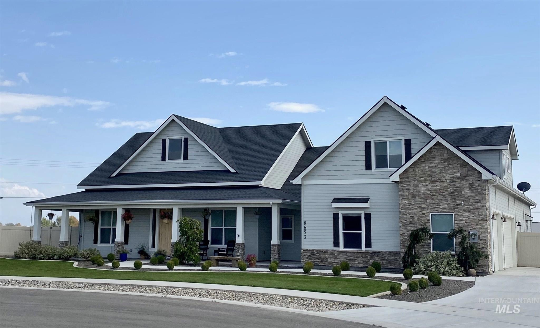 8653 Legacy Ct., Middleton, Idaho 83644, 5 Bedrooms, 3 Bathrooms, Residential For Sale, Price $615,900, 98781464