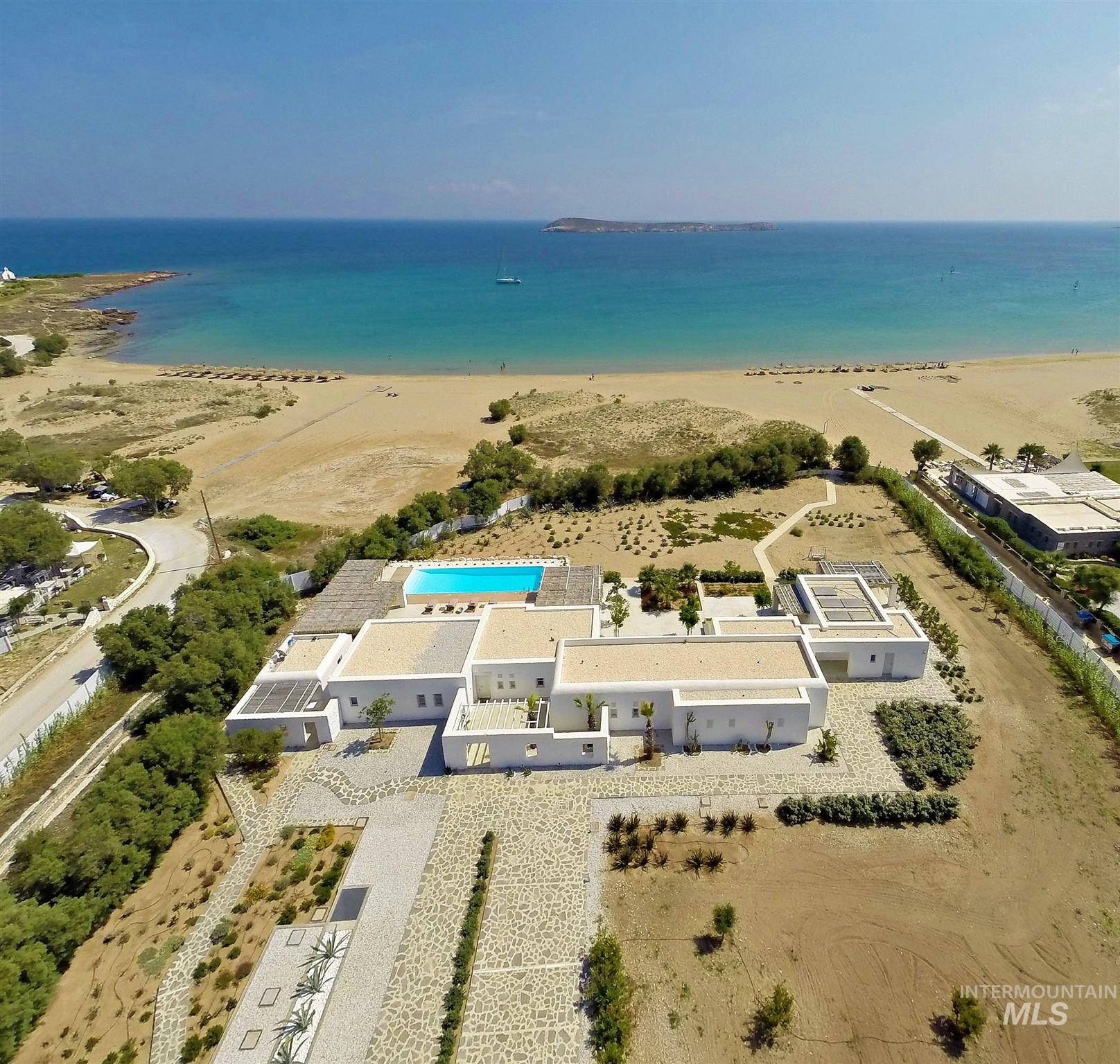 Golden Beach Paros Greece, Gold Beach, OS 00000, 4 Bedrooms, 4.5 Bathrooms, Rental For Rent, Price $0, 98782143