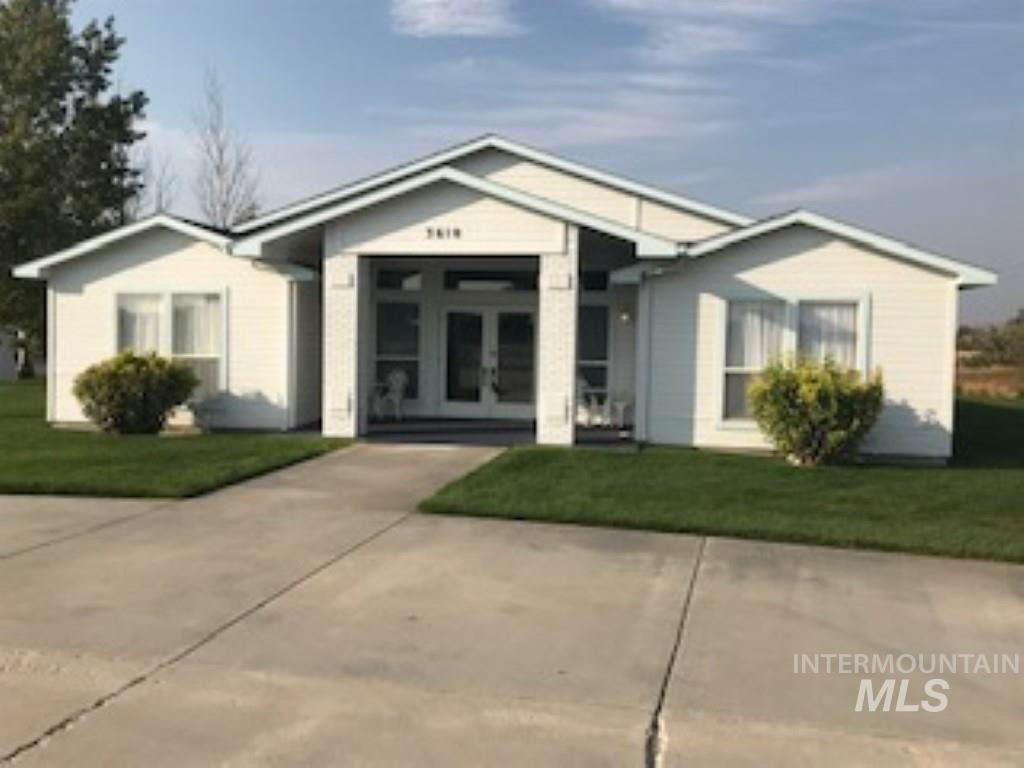 This rare home has 10 bedrooms, 8 of those have a 1/2 bath. The 9th is in the master suite. The 10th is a full bath. It has 2 kitchens & 2 utility rooms. The 20x26 master suite is actually an apartment fully equipped w/a kitchen, full bath & utility. Use your imagination for what this great property could be used for. Large family, extended family, room and board, bed & breakfast, offices or most any business. Property is zoned commercial, land could have many uses. Security system on property. Call agent.