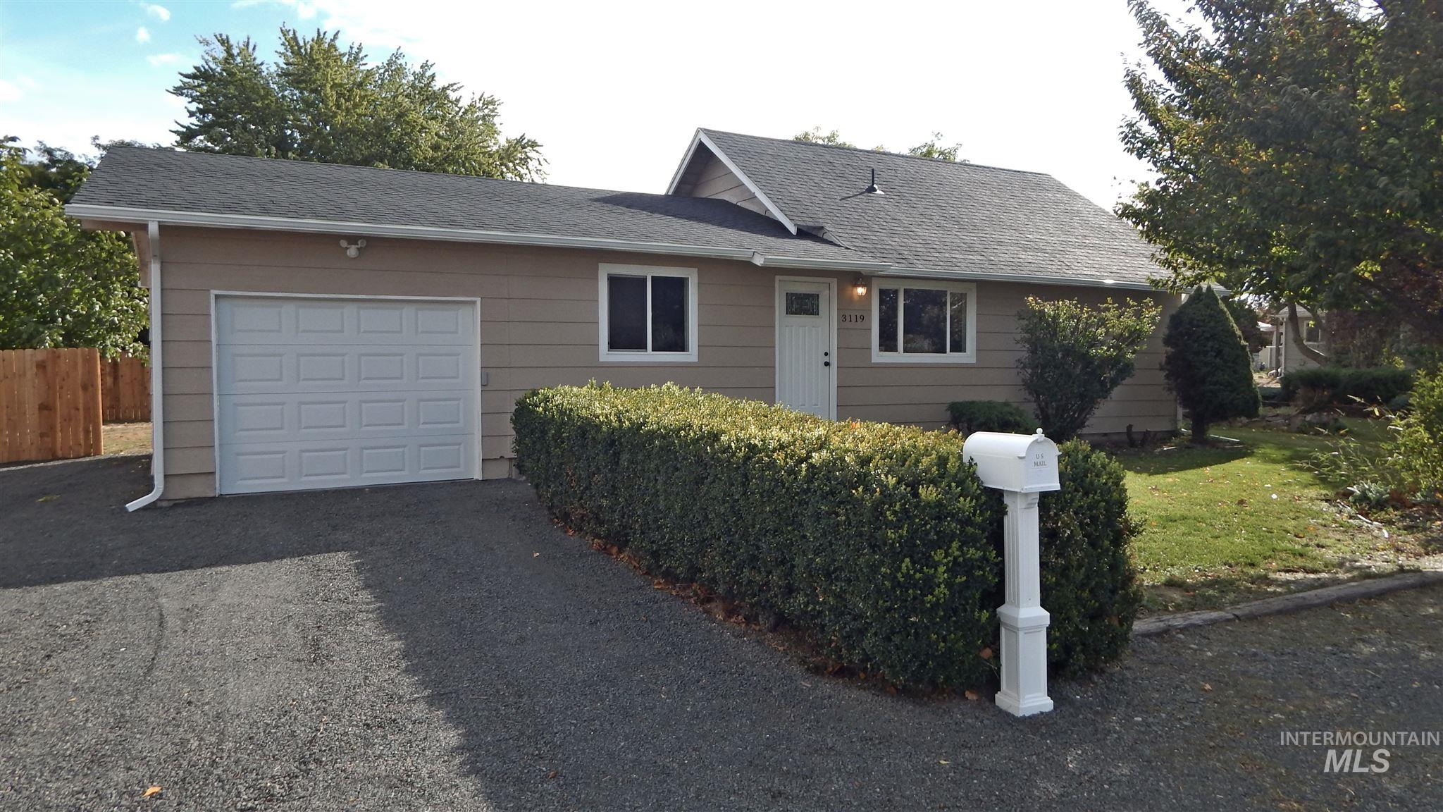 3119 9th St., Lewiston, Idaho 83501, 3 Bedrooms, 1 Bathroom, Residential For Sale, Price $229,000, 98784488