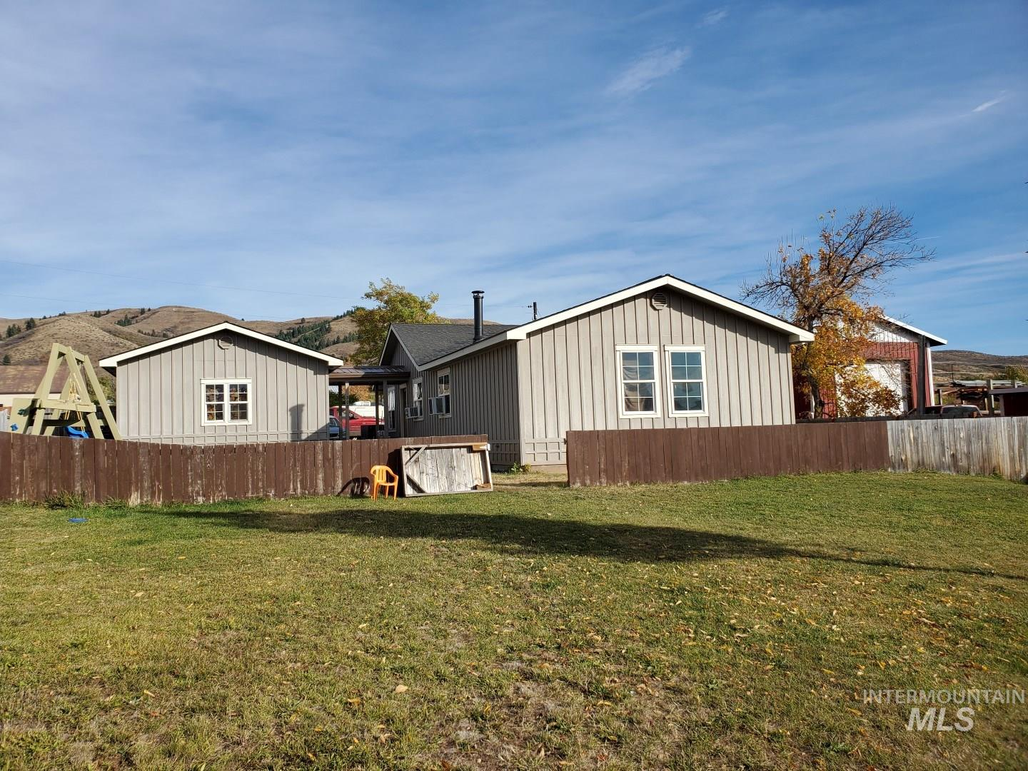 307 S Fairfield, Council, Idaho 83612, 3 Bedrooms, 2 Bathrooms, Residential For Sale, Price $189,900, 98784490