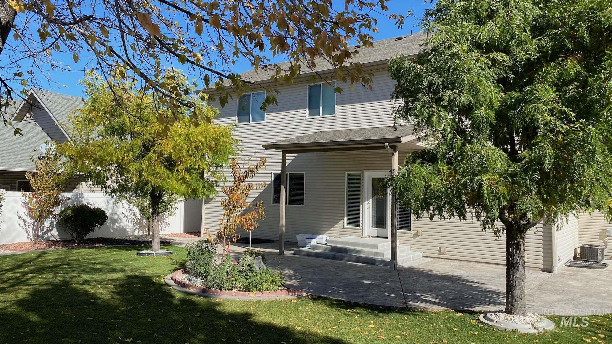 631 Sunbeam Dr., Twin Falls, Idaho 83301, 5 Bedrooms, 3.5 Bathrooms, Residential For Sale, Price $465,000, 98784778