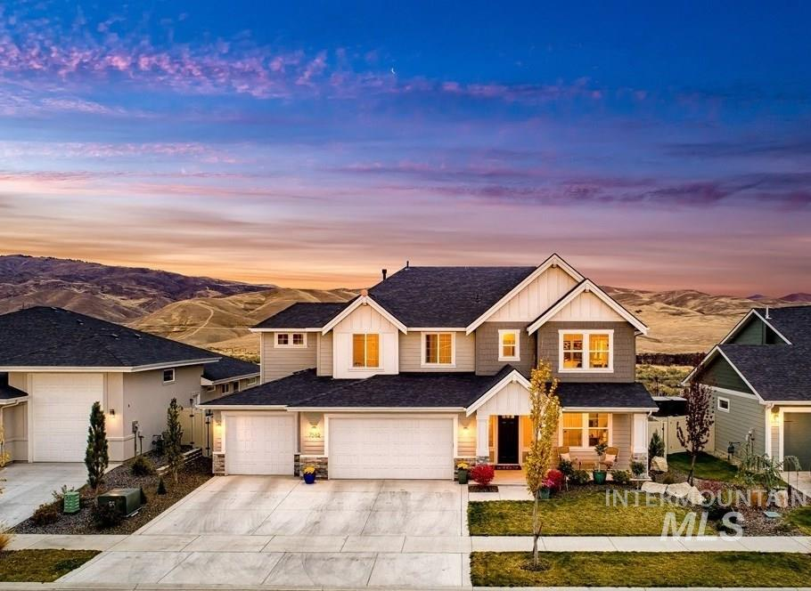 7582 S Wagons View, Boise, Idaho 83716, 5 Bedrooms, 4.5 Bathrooms, Residential For Sale, Price $749,900, 98784952